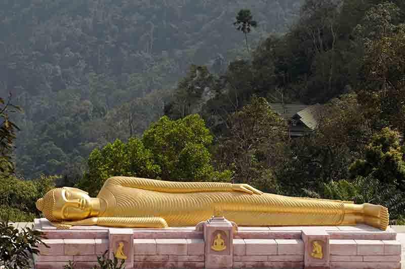 Bouddha couché